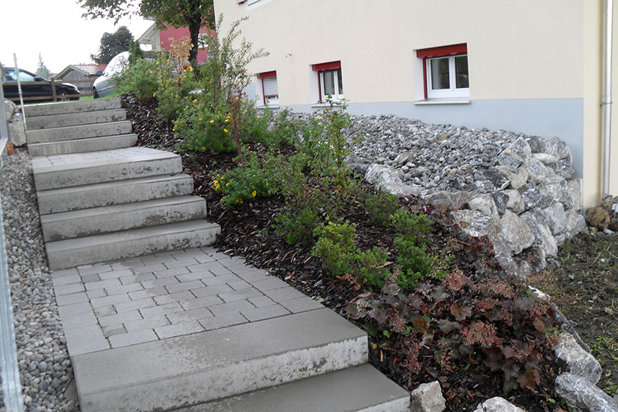 Garten-Hartmann-Obergünzburg-Leistungen-Treppen